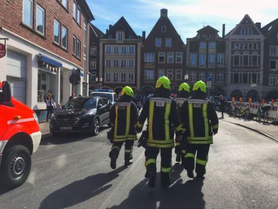 Terrore in Germania, furgone piomba sulla folla: 3 morti e 50 feriti